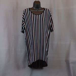 LuLaRoe Black Striped Simply Comfortable Classic T